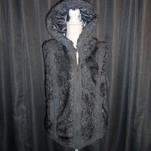 Sweet Tea Faux Fur Sweater Hooded Vest XL